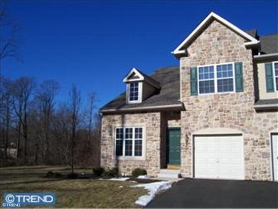 116 Lantern Ct, Yardley, PA 19067