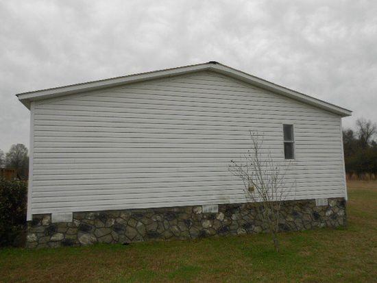 372 E Gate Cir, Norman Park, GA 31771