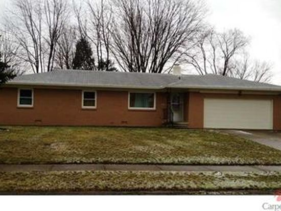 7911 Corey Ct, Southport, IN 46227