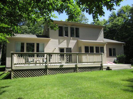 318 Grindstone Hill Rd, N Stonington, CT 06359