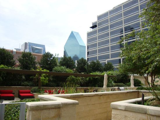 1900 Mckinney Ave APT 803, Dallas, TX 75201
