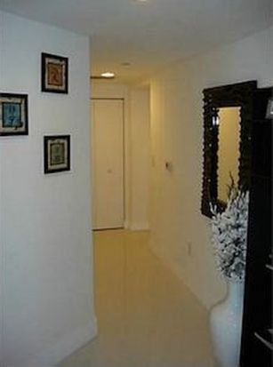 500 Brickell Ave APT 1503, Miami, FL 33131