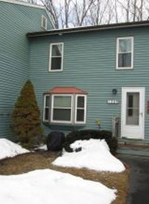 1309 Piscassic St, Newmarket, NH 03857