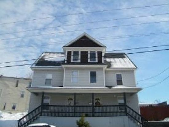 18 Fordway St, Derry, NH 03038