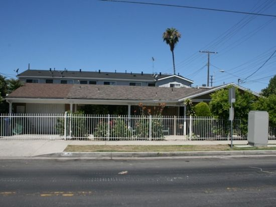 6755 Radford Ave, North Hollywood, CA 91606