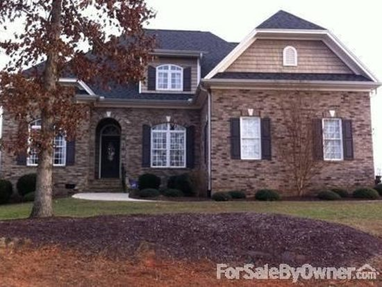 8202 Wendy Gayle Dr, Stokesdale, NC 27357