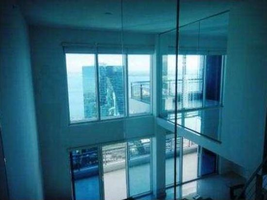 60 SW 13th St APT 4212, Miami, FL 33130