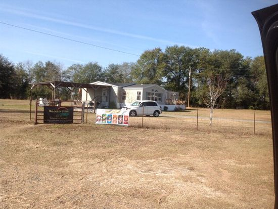 31 Cook Dryer Rd, Ray City, GA 31645