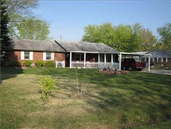8140 N Maple Dr, Mooresville, IN 46158