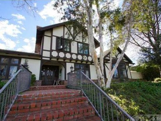 21222 Mulholland Dr, Woodland Hills, CA 91364
