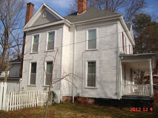 1324 Wilkerson St, South Boston, VA 24592