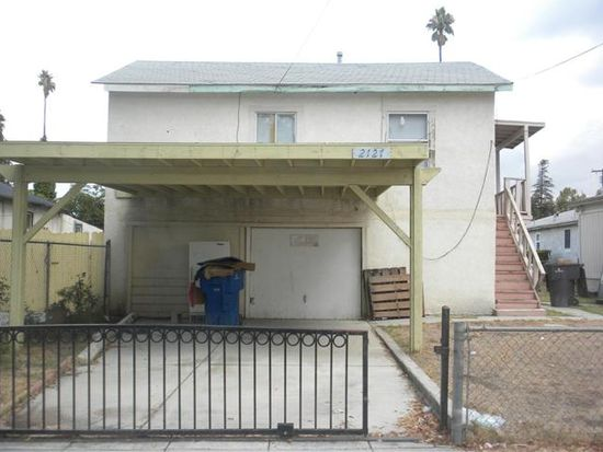 2127 10th St, Riverside, CA 92507