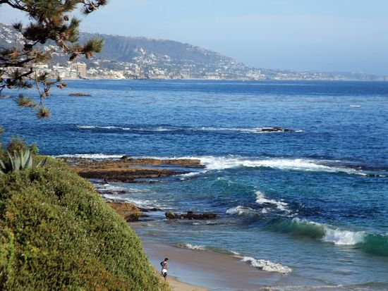 1031 Marine Dr, Laguna Beach, CA 92651