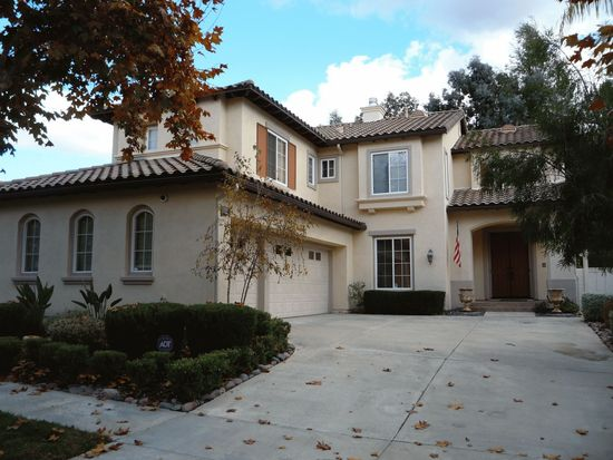 2356 Old Ranch Rd, Escondido, CA 92027