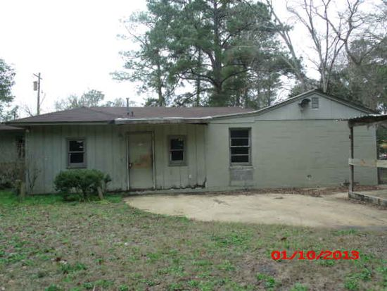 605 7th St SW, Moultrie, GA 31768