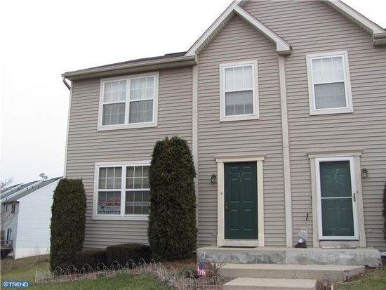 17-1 Cranberry Rdg, Reading, PA 19606