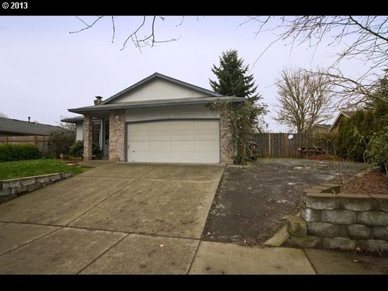 29451 SW Courtside Dr, Wilsonville, OR 97070