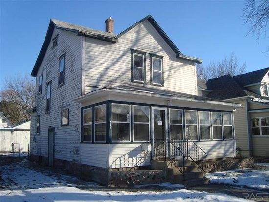 308 N Indiana Ave, Sioux Falls, SD 57103