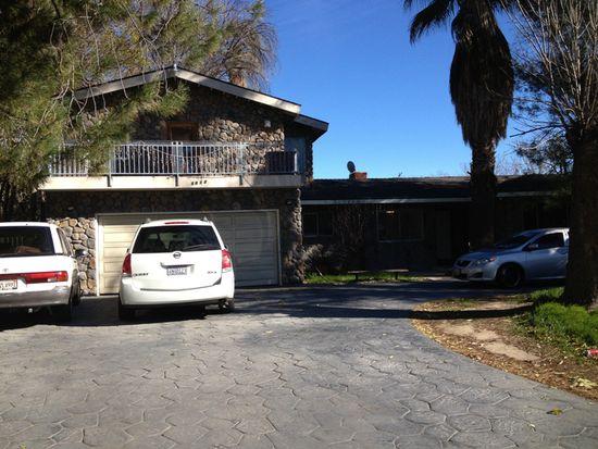 8610 Oakdale Ave, Canoga Park, CA 91306