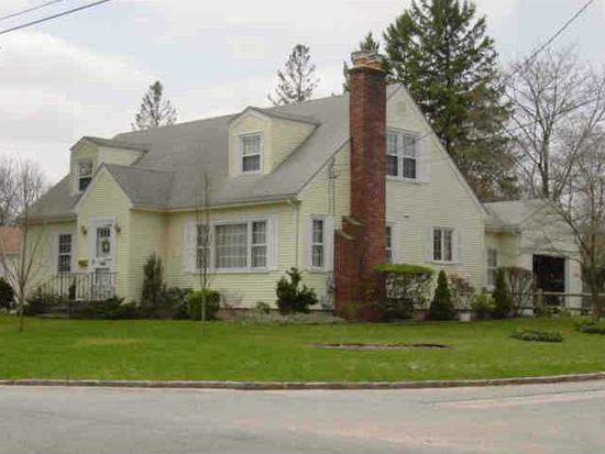 217 Brettonwoods Dr, Cranston, RI 02920