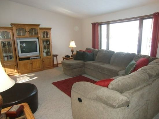 2607 Nightingale Ln, Wausau, WI 54401