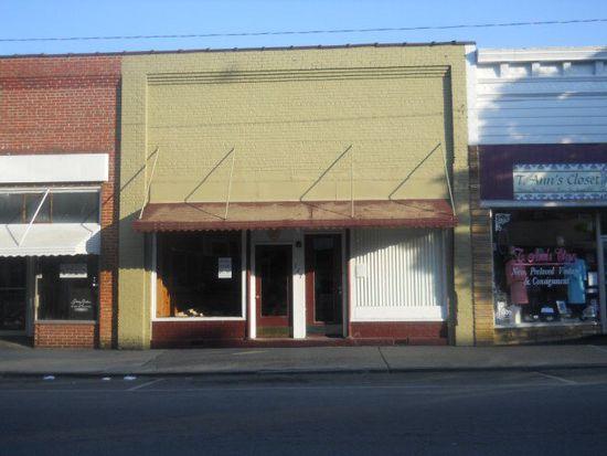 117 W Main St, Williamston, NC 27892