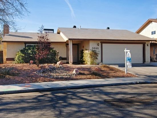 3565 Moraga Dr, Las Vegas, NV 89103