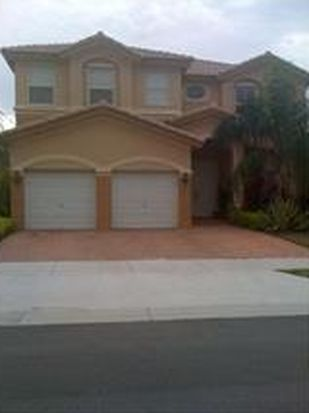 8340 NW 115th Ct, Doral, FL 33178
