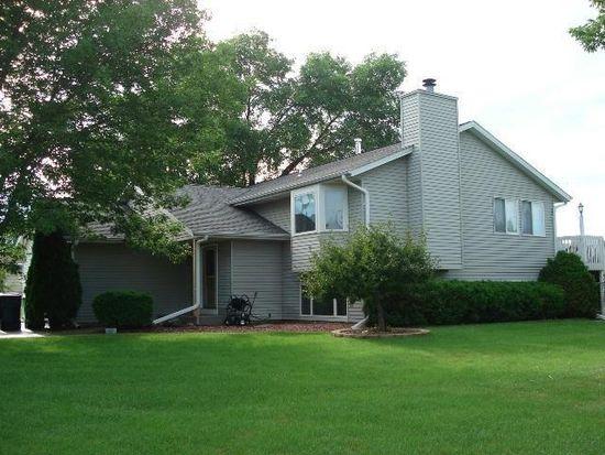 730 E Oakwood Rd, Oak Creek, WI 53154