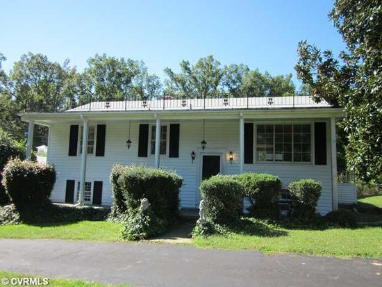 3201 Whitehouse Rd, South Chesterfield, VA 23834