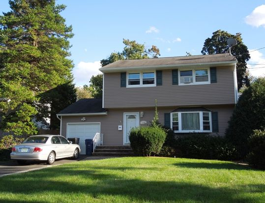 1388 Belleview Ave, Plainfield, NJ 07060