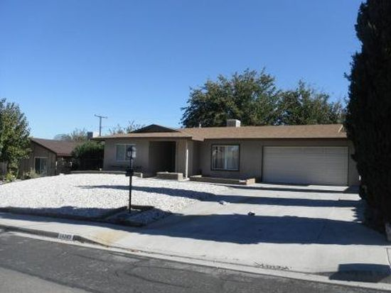 14343 Manzanita Rd, Victorville, CA 92395