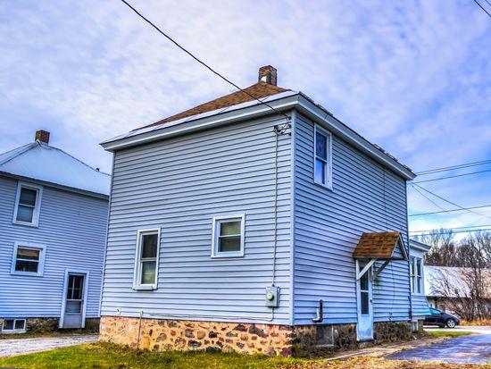 18 Mill St, Broadalbin, NY 12025