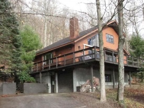 445 Hollywood Rd, Old Forge, NY 13420