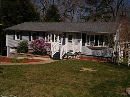 14 Hillside Dr, Gales Ferry, CT 06335