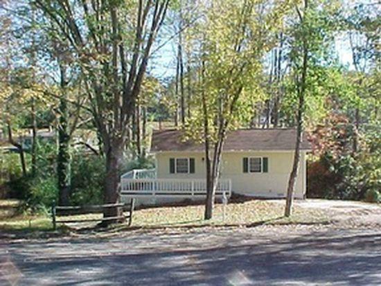 1303 Southwood Ct SW, Lenoir, NC 28645
