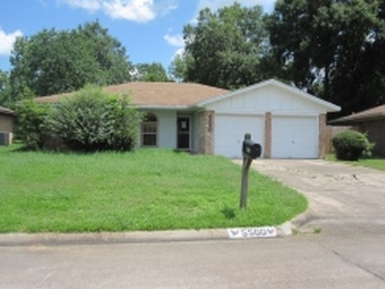 5560 Minner Dr, Beaumont, TX 77708