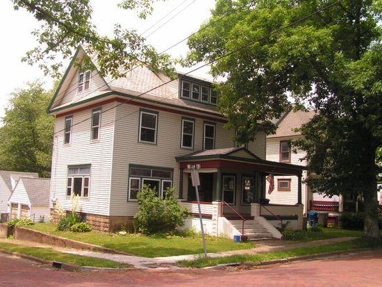 662 William St, Meadville, PA 16335
