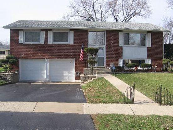6702 Carpenter Ct, Woodridge, IL 60517