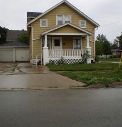 2242 S 4th St, Rockford, IL 61104
