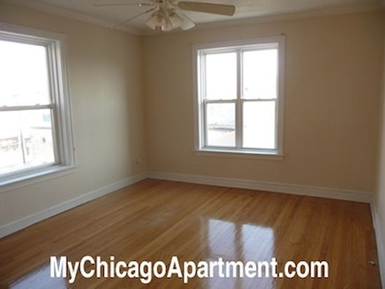 4748 N Whipple St APT H3, Chicago, IL 60625