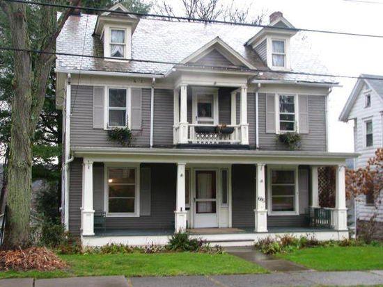 685 Chestnut St, Meadville, PA 16335