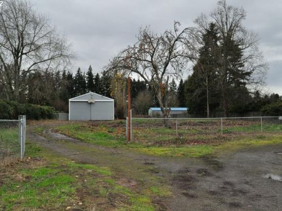 15377 S Maple Lane Rd, Oregon City, OR 97045
