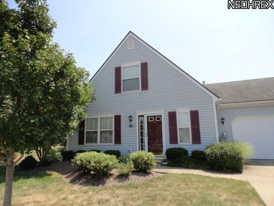 24515 Thicket Ln, Olmsted Falls, OH 44138