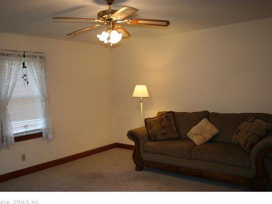 83 Merchants Ave, Taftville, CT 06380