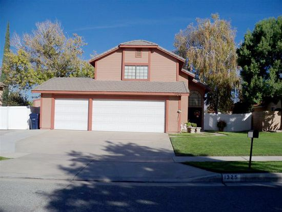 1325 E Pennsylvania Ave, Redlands, CA 92374