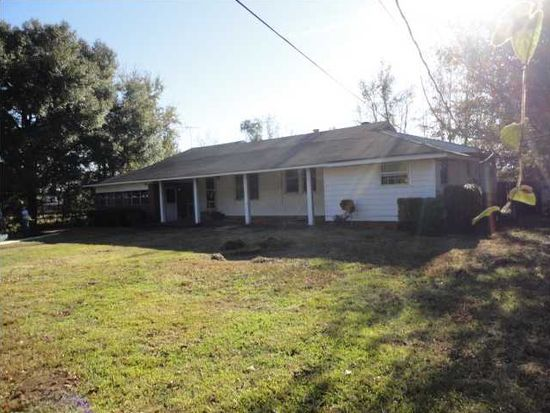 700 Yeend Ave, Chickasaw, AL 36611