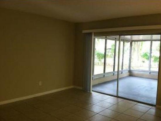 504 Hillside Ct, Brandon, FL 33510