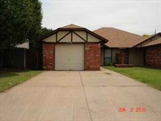 1316 Pennington Ave, Edmond, OK 73012