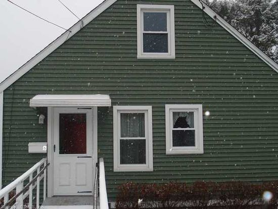 6 Fontaine Ct, Taftville, CT 06380